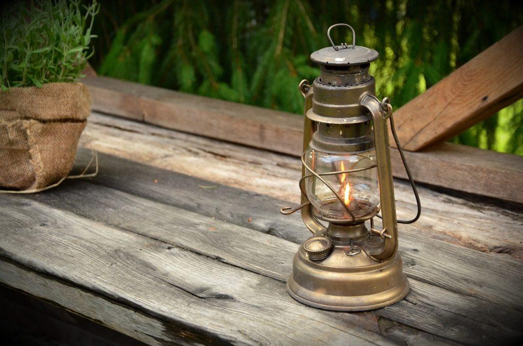 outdoor lighting ideas for patios - lanterns